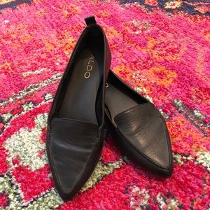 Aldo black leather pointed toe loafers sz 7